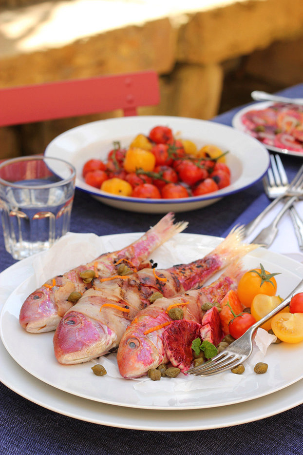 Red mullet in pancetta