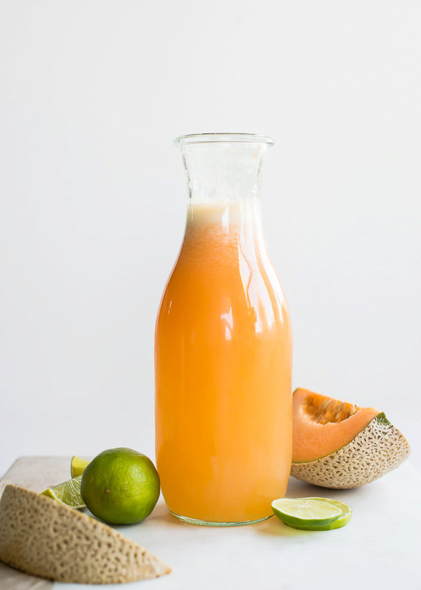 Fizzy Cantaloupe Lime Cocktail