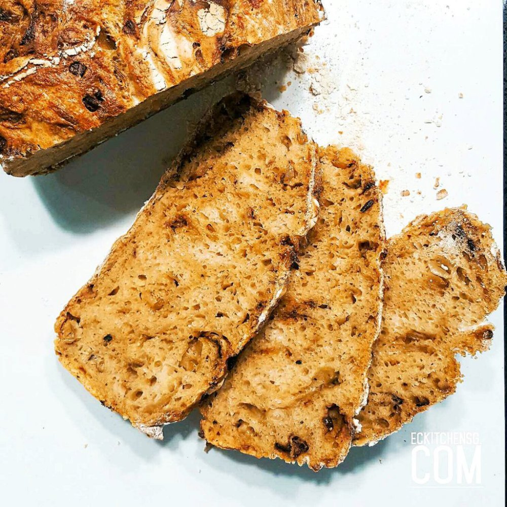 The No-Knead Caramelised Onion Bread