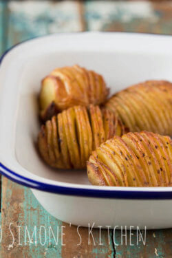 Potatoes from the oven with chorizo