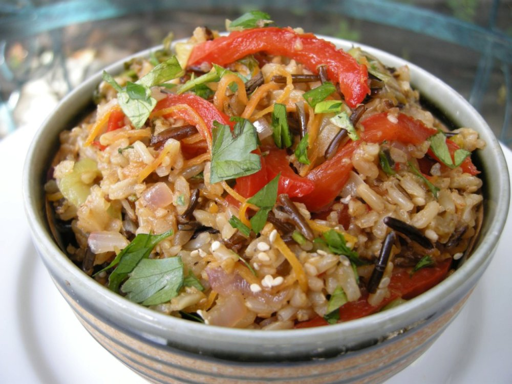 Fried Brown Rice With Tamarind & Dates