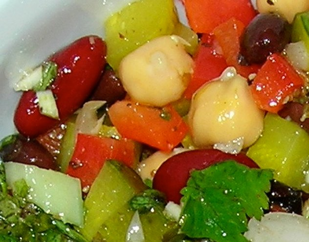 Easy Recipes: Bean Salad With Homemade Dressing