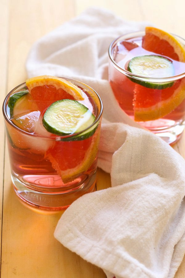 Hibiscus Gin and Tonic