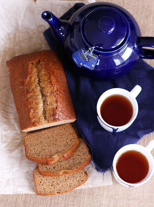 Earl Grey Tea Cake with Lemon and Honey