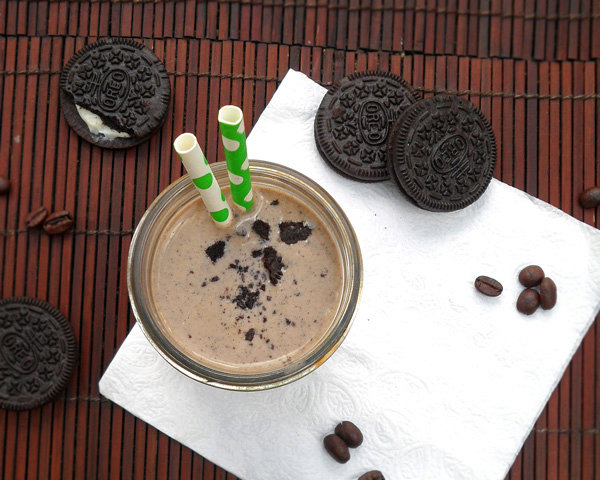 Oreo Coffee Banana Smoothie