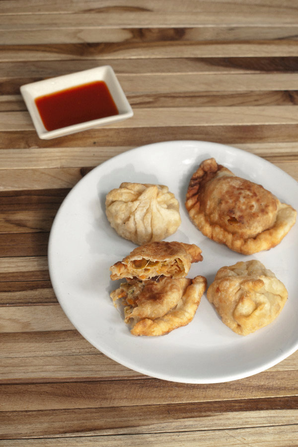 Momos Recipe - Fried Momos with Veg Cheese Filling