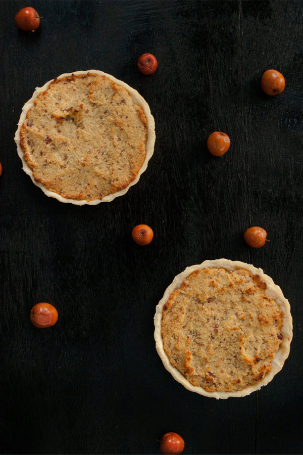 Ground Bora Berry Tartlet with Coconut flour and Sugarcane Jaggery
