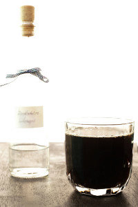 Tyrolean Jagatee – Hot spiced Black tea with Schnapps & Rum