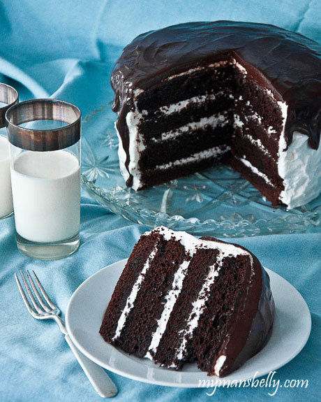 A St. Patrick's Day Recipe To Rock Your Clovers: Guinness Cake