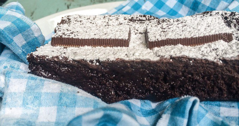 BITTERSWEET CHOCOLATE BROWNIES WITH ANDES MINTS