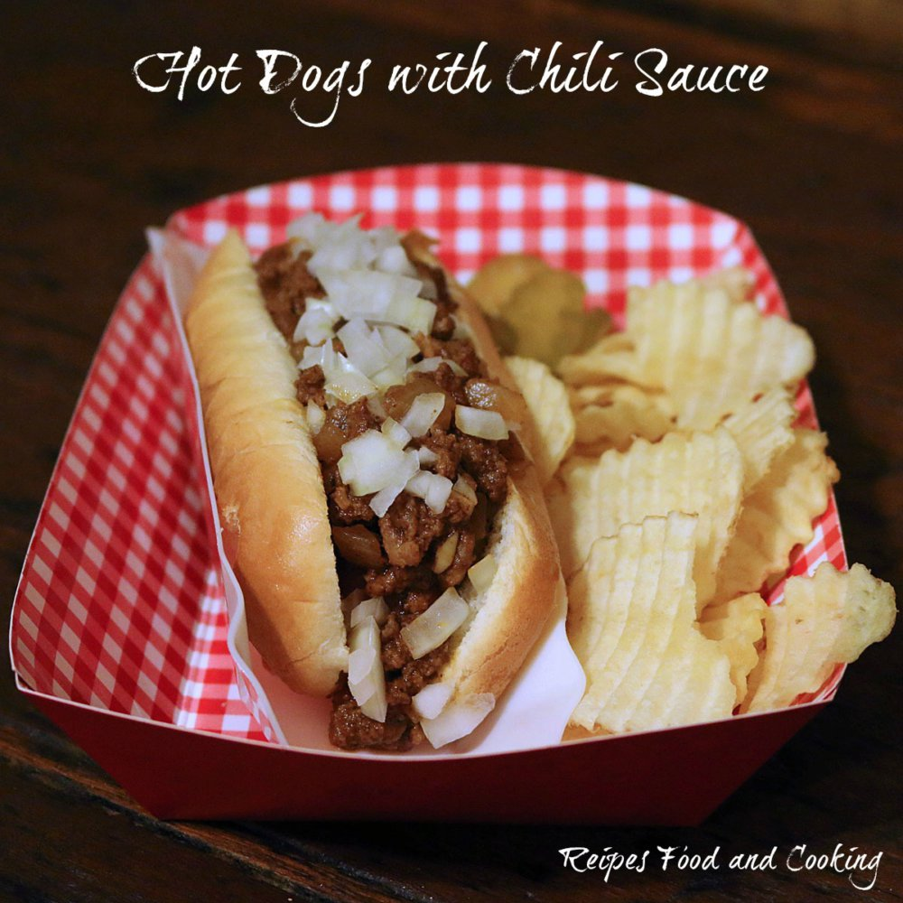 Hot Dog with Chili Sauce #Sunday Supper