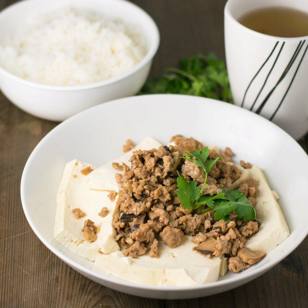 Steamed Tofu with Pork and Mushrooms