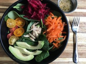 Spinach Spring Salad With Herbs de Provence Dressing