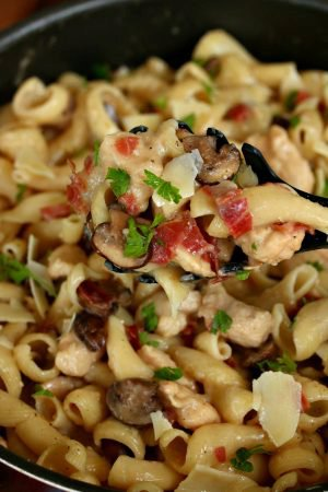 One Pot Chicken Marsala Pasta