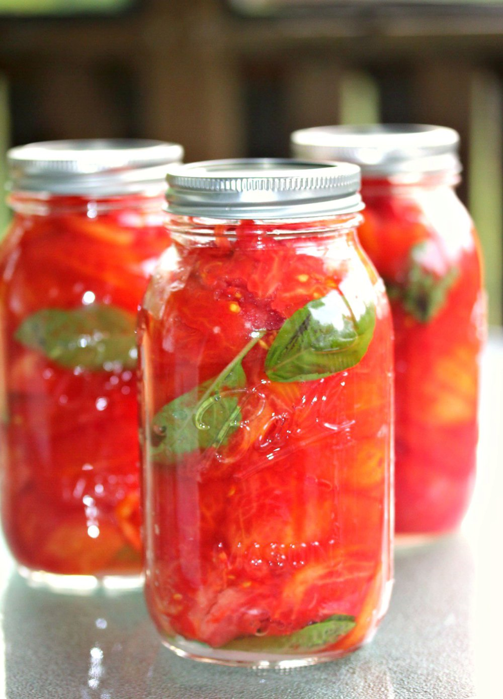 Canned Tomatoes {w/ step-by-step pictures}