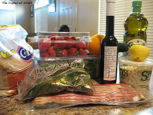 Strawberry Spinach Salad with Blue Cheese, Bacon, and Pecans