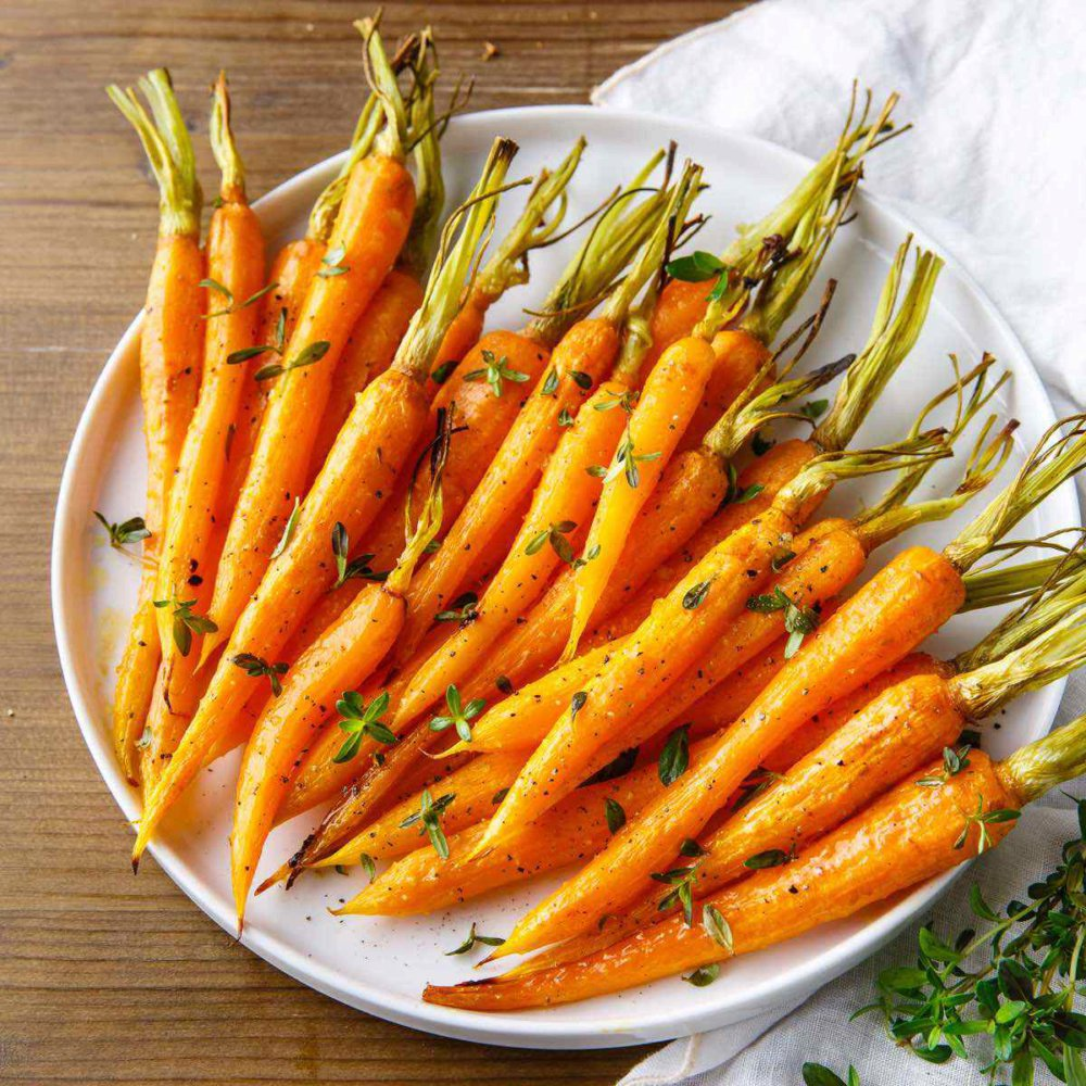 Easy Roasted Carrots with a Honey Garlic Glaze