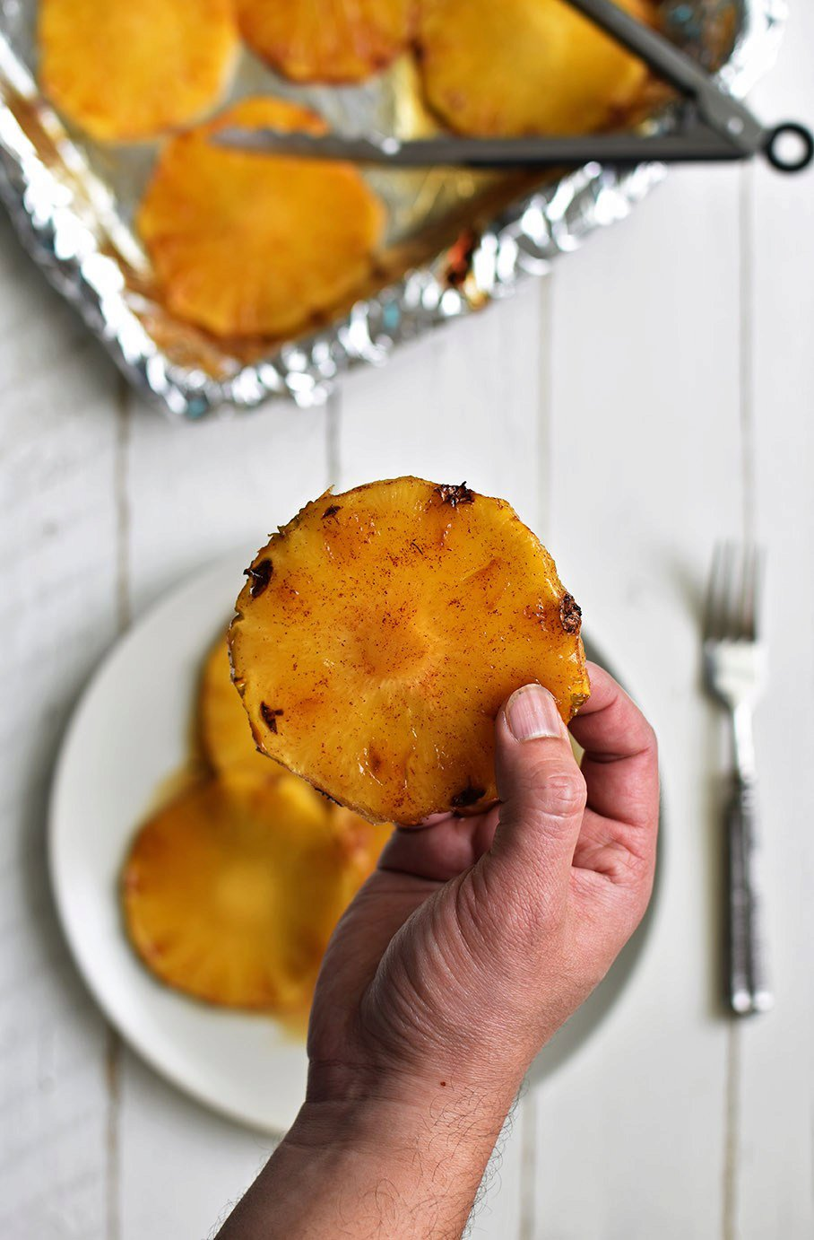 Grilled Pineapple with Cinnamon and Brown Sugar