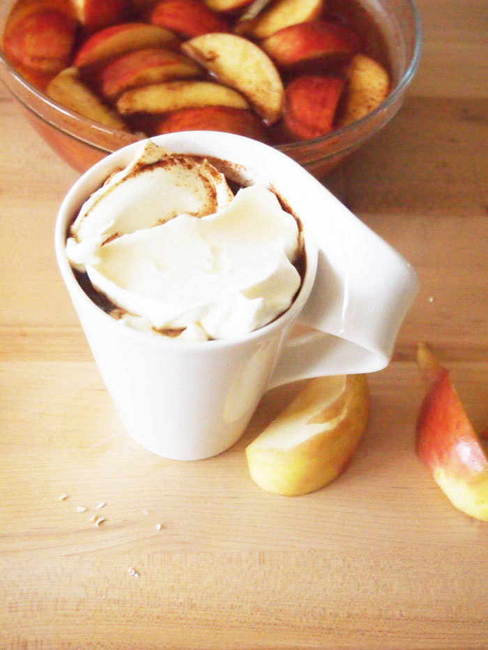 Spiked Caramel Apple Pie Cider