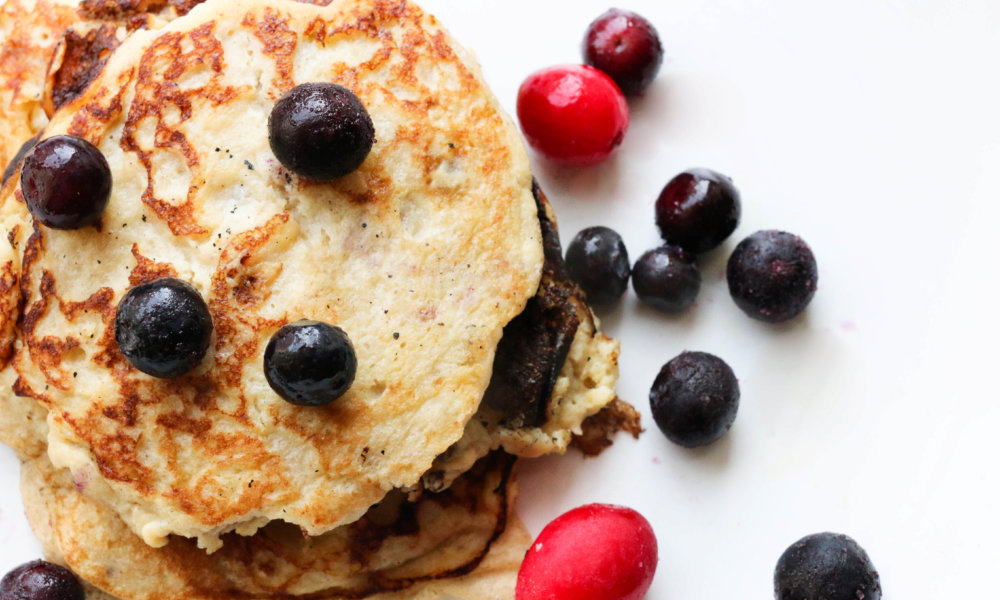 3-ingredient Banana Pancakes (Grain-free) No-Cook Vegan Creamy Tomato and Basil Soup Matcha Nice Cream Simple Spicy Wasabi Ginger Guac Blueberry High Protein Muffins (gluten free) Banana Waffles with Quick Halva Spread Instant Pot Honey Sriracha C
