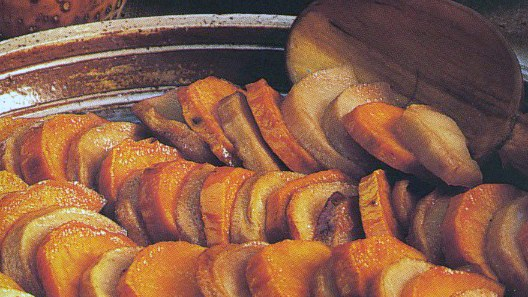 Maple-Glazed Sweet Potatoes and Apples