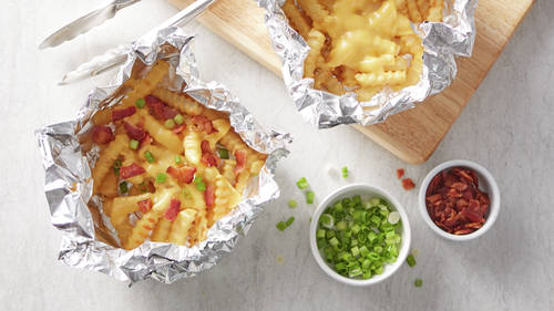 Grilled Foil-Pack Cheesy Fries