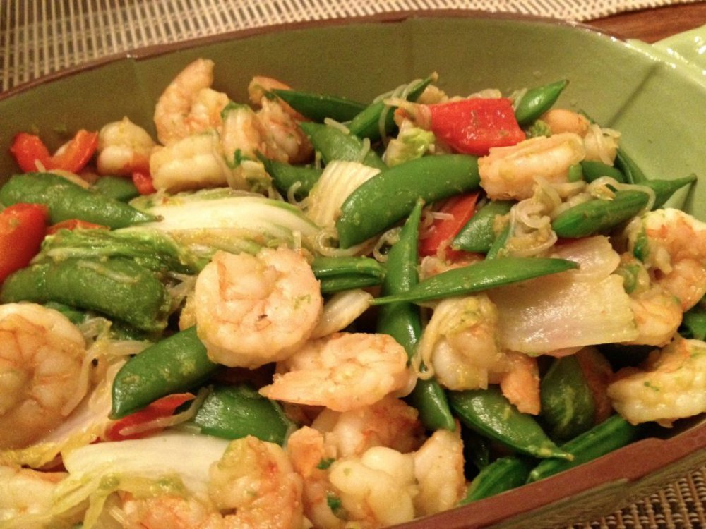 Shrimp With Bok Choy, Sriracha and Shirataki Noodles