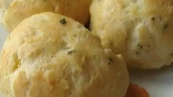 GOUGÈRES (TRADITIONAL CHEESE PUFFS)