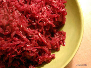 Braised Red Cabbage with Apples and Caraway Seeds