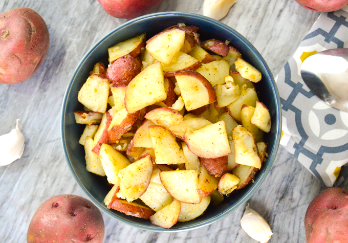 Garlic Roasted Red Potatoes {with Coconut Oil}