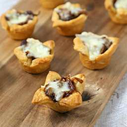 Holiday Entertaining with French Onion Bites and #Pillsbury