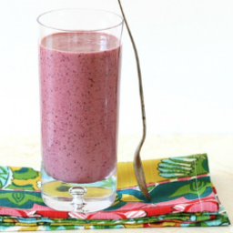 Coconut Berry and Spinach Smoothie