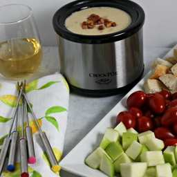 Easy Cheese Fondue Party
