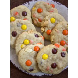 Reese's Pieces Cashew Cookies