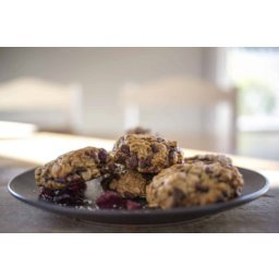 Cranberry and Cacao Chip Oat Cookies – Gluten Free & Refined Sugar Free
