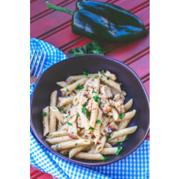 Pasta with Chicken in Creamy Poblano Sauce