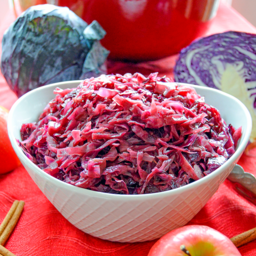 Sweet & Simple Braised Red Cabbage