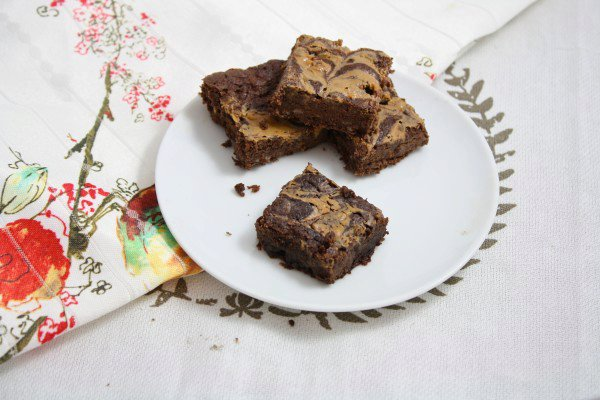 Healthy Peanut Butter Swirl Brownies