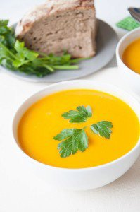 Healthy Vegan Carrot Soup with Ginger