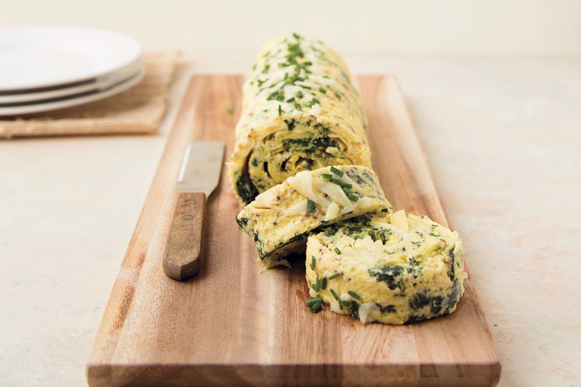 Spinach and Artichoke Omelet Wheels