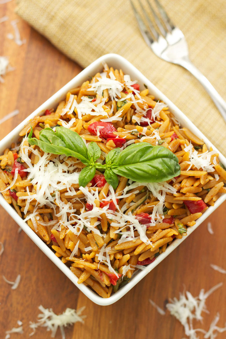 Orzo with Spinach and Roasted Red Peppers