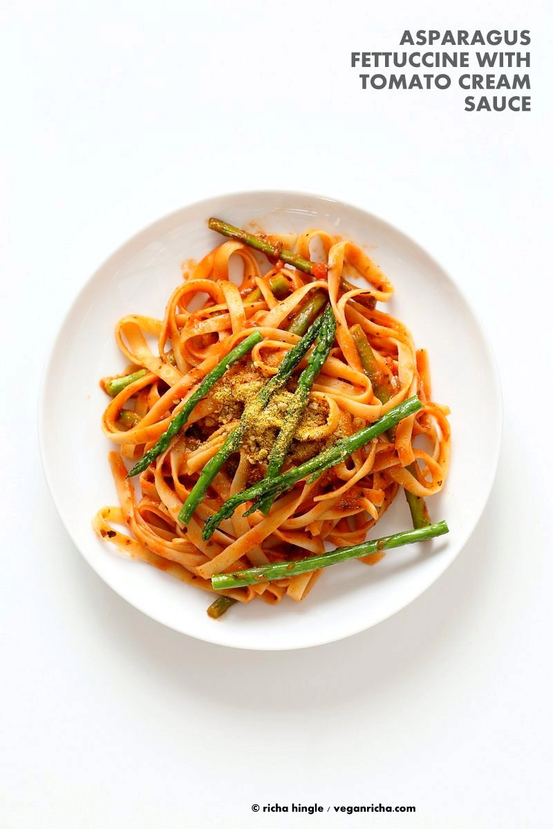 Fettuccine with Tomato Cream Sauce and Asparagus
