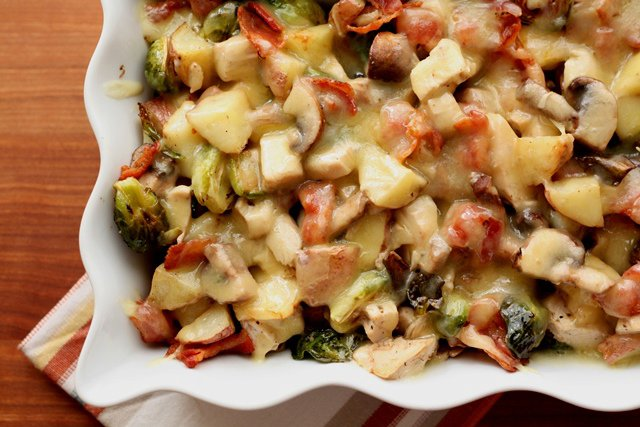 Roasted Potatoes, Brussels Sprouts, Mushrooms and Chicken