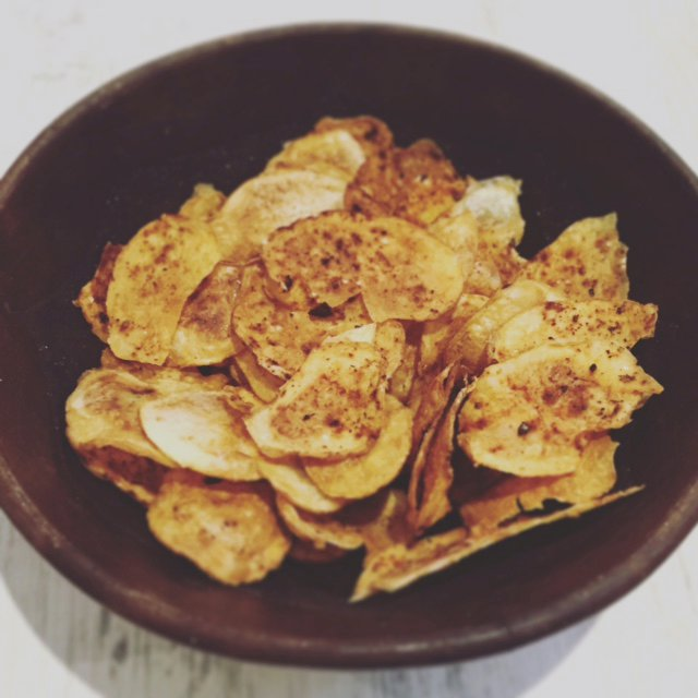 Healthy Homemade Potato Crisps