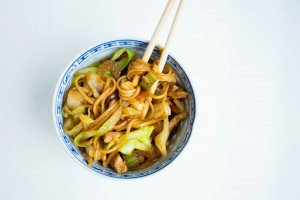 Chicken Lo-Mein with Cabbage