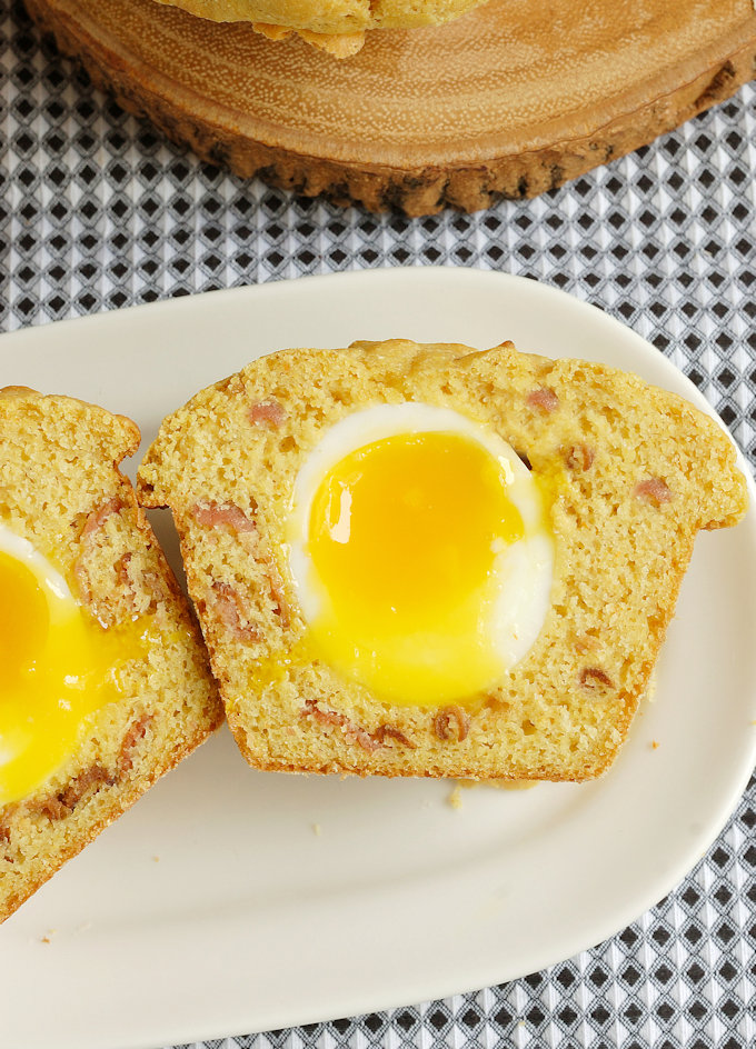 Bacon & Egg Corn Muffin with a Hint of Maple Syrup