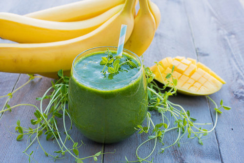 Super Sprout & Mango Green Smoothie Recipe