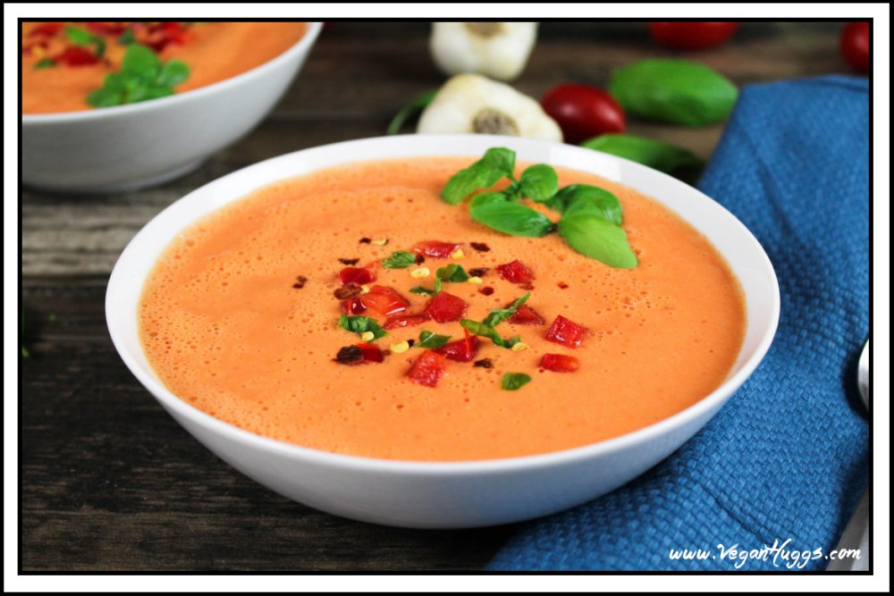 Raw Red Pepper and Tomato Soup