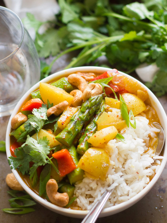 Golden Spring Vegetable Thai Curry