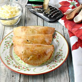 Apple Hand Pies with Cheddar Crust